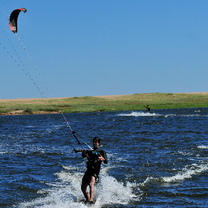 Windsurfing and kitesurfing on Garzón Lake